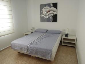 De grootste slaapkamer met tweepersoonsbed